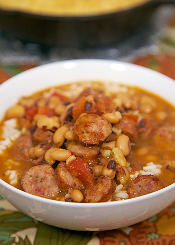 Black Eyed Pea and Smoked Sausage Soup | Bacon soup ...