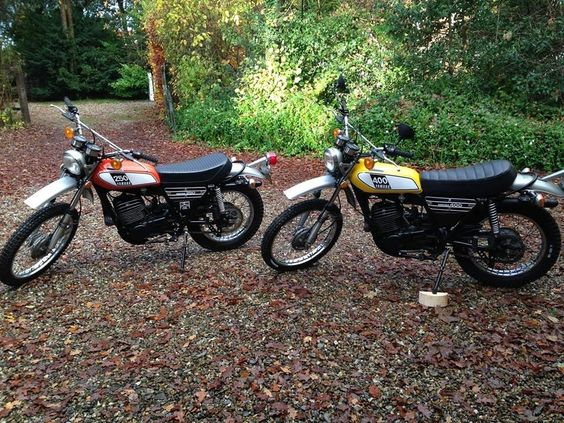 1975 DT 250 and DT 400 on the drive