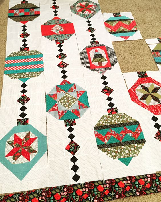 Cool idea for a Christmas quilt