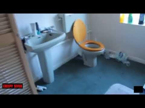 انظر ماذا يفعل الجن اثناء البث المباشر فى المنزل جن حقيقى ترصده كاميرات المنزل Youtube Bathroom Toilet
