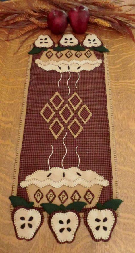 Apple Pie Wool Applique Penny Rug Table Runner Pattern-Cath's Pennies Designs