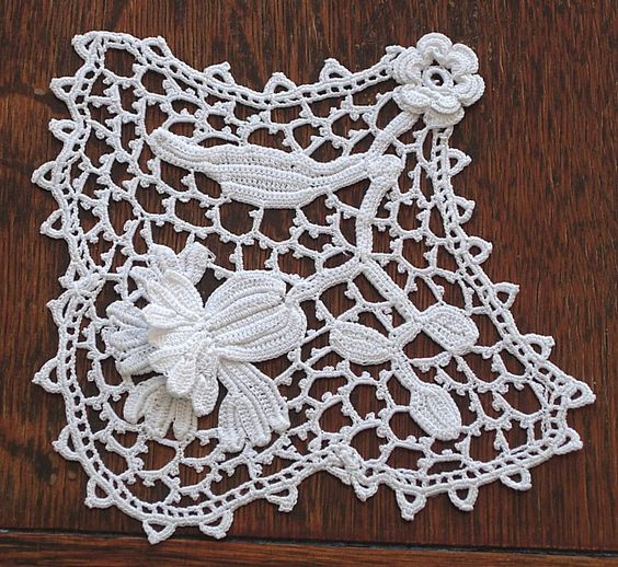 Em's Heart Antique Linens -Antique Irish Crochet Lace Inserts