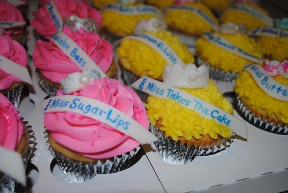 Pageant cupcakes: so cute!