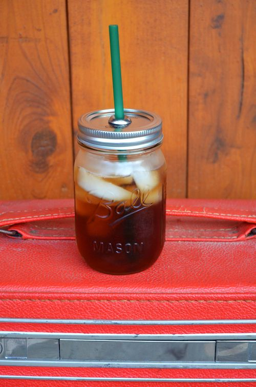 mason jar to-go cup tutorial / if you looked in my glass and cup cabinet, you'd see ONLY mason jars and coffee mug.  Well, that and Fabreeze candle jars I now use as glasses.  Love this idea.