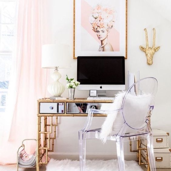 "21 Likes, 1 Comments - İç Mimar - Şefika Gemici (@sefikagemici_design) on Instagram: ""#bedroom #fashion #moda #pic #pictureoftheday #live #lifestyle #tarz#fashionblogger #breakfast…"""