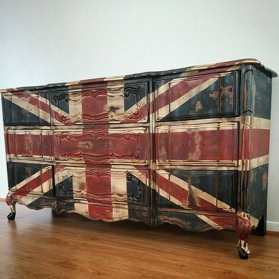 """Shannon Ingle on Instagram: """"This amazing Union Jack dresser is the reason I fell in love with the @deeplydistressed account..... A kind heart, beautiful soul and a full sleeve of tattoos made me fall in love with Natalie herself.  She is one of the most inspiring ladies on Instagram and if this dresser didn't make your jaw drop the rest of her photos definitely will! She is my #sundayhomeinspo and always #onetofollow!"""""""