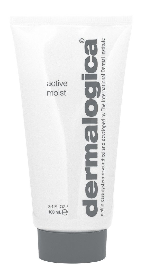 Is your T-zone oily but the rest of your face dry? Dermalogica Active Moist offers a solution for both concerns. The oil-free, lightweight formula contains Silk Amino Acids and a unique combination of plant extracts that help improve skin texture and combat surface dehydration without a greasy feel.