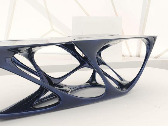 Mesa table design zaha hadid architects bionics for Mesa table design by zaha hadid for vitra