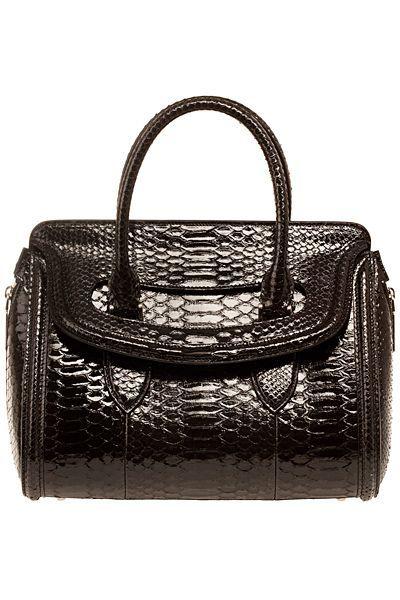 Designer Handbags 2013-2014 leather handbags,summer handbags, vintage designer handbags find more women fashion ideas on www.misspool.com