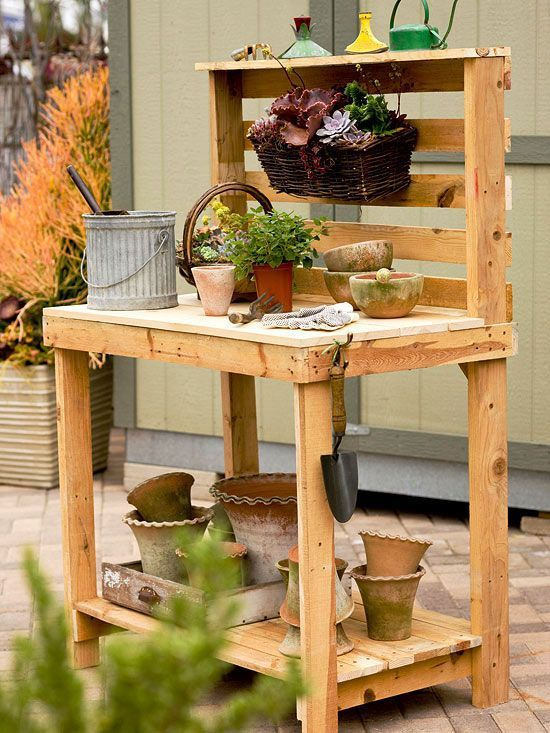 Time to make a quick and easy DIY potting bench using our step-by-step tutorial! With just a couple of wooden pallets and some tools, you can create a beautiful potting bench. Finish up the construction process by staining or painting your product, and then enjoy using this bench for all your container gardening needs! h: