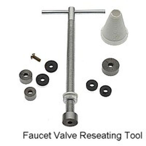 Las 10 Herramientas De Plomeria Mas Necesarias Plumbing Tools Faucet Tools