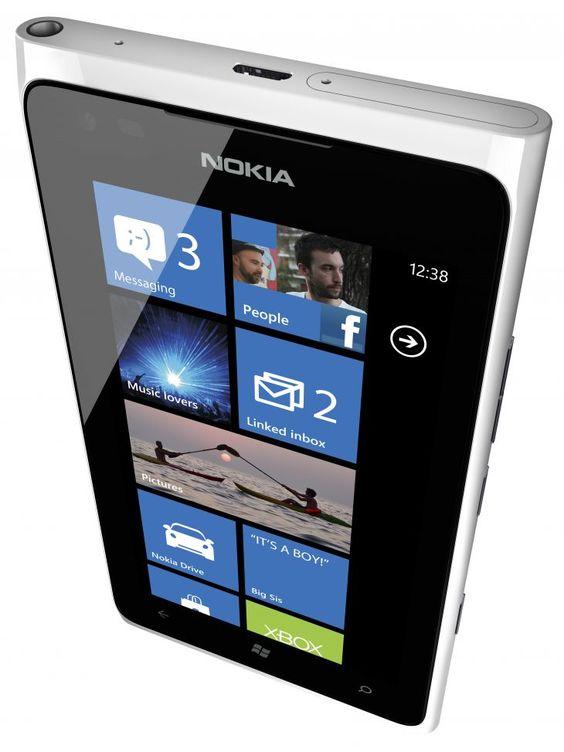 Nokia Lumia 900 ya está disponible oficialmente en España