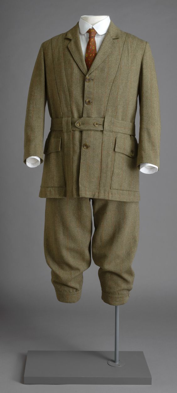 Tweed suit worn by Lord Grantham in Downton Abbey. Cosprop Ltd., London. All Rights Reserved.