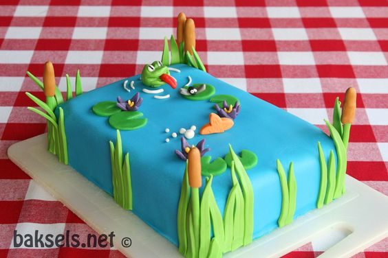 #Kiekeboetaart uit Heel Holland Bakt: een vijver met kikkers en vissen. (#Peek a #booh #cake)