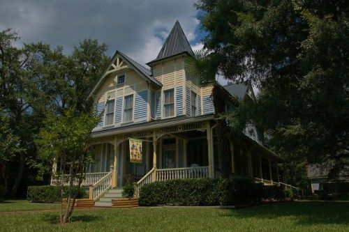 Bowdon GA Carroll County Victorian House Photograph Copyright Brian Brown Vanishing North Georgia USA 2014