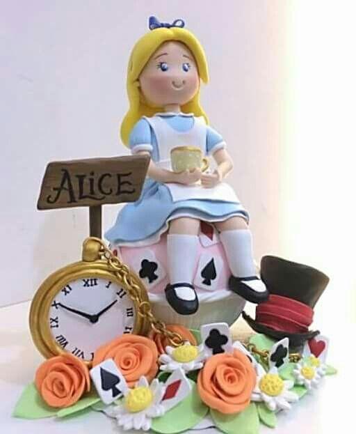 Topo De Bolo Alice No Pais Das Maravilhas