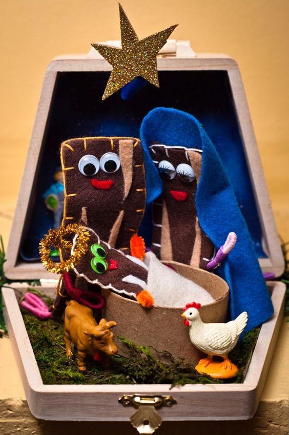 Bacon nativity baconpeople nativity portable via for Bacon christmas tree decoration