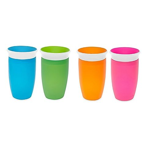 Transitioning to a cup has never been easier with the Miracle 360º Sippy Cup by Munchkin. The spill-free, spoutless design enables your child to drink from anywhere along the 360-degree rim, and it seals instantly when your child stops sipping.