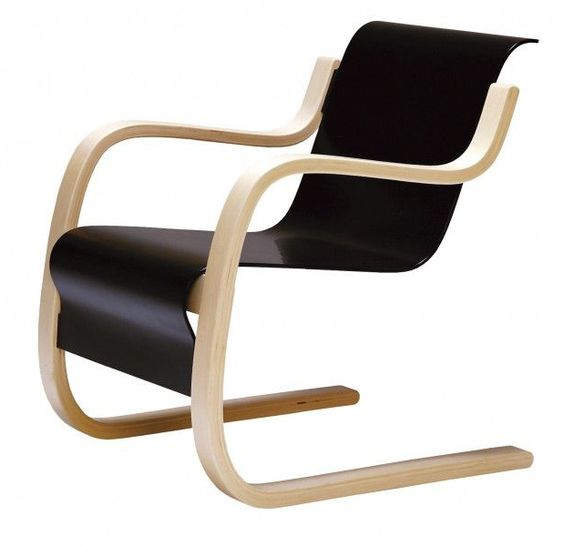 Lounge chair 42 1932 by alvar aalto bent birch plywood for Alvar aalto chaise longue