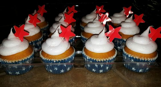 Patriotic Themed Cupcakes by Kreative Kinks