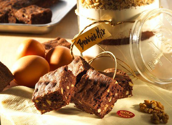 Immer sehr beliebt - Brownies: http://www.ichliebebacken.de/rezeptebox/kuchen/brownies
