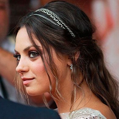 Mila Kunis with half-ponytail - Hair Updos: