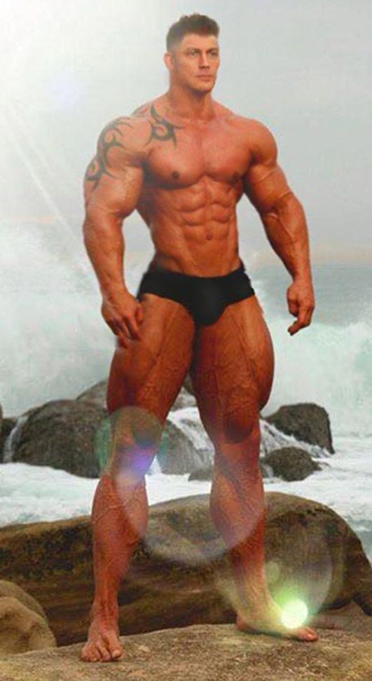 "Just call him ""Thunder Thighs"". More men? Go to http://builtbytallsteve.blogspot.com"