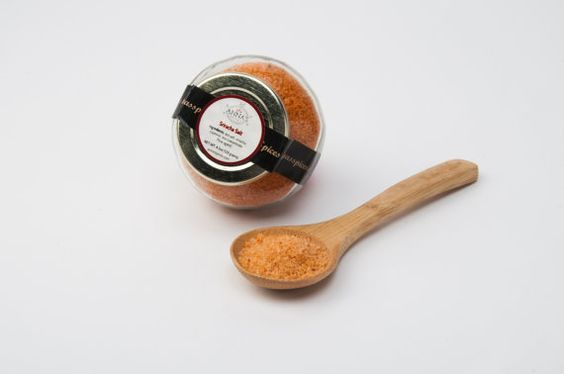 Anna's Sriracha Salt* makes a superiorly spicy combination with fine sea salts mixed with sriracha and cayenne pepper to challenge even the most fire