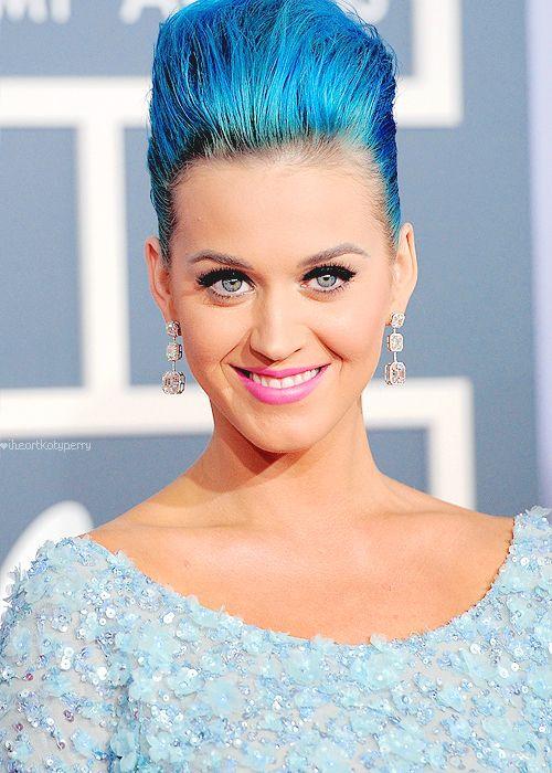 Katy Perry - 2012 Grammy Awards - lovin' the blue
