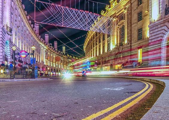 ______________________________________________ Regent street by night ______________________________________________-#thisislondon #lovelondon #mycity #toplondonphoto #regentstreet #picadilly #london#instagramers #ig_captures #igworldclub #ig_europe #iguk #cityscapes #lighttrails #architecture by kho0pe