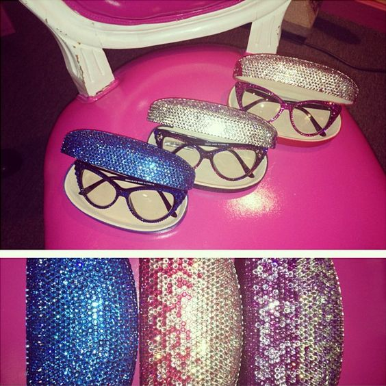Sparkly Glasses (Divalicious): Glasses Sunglasses, Pink Zebra, Eye Fashion, Cat Eyes, Girly Things, Fashion Accessories, Cat Eye Glasses, Bags Add, Four Eyed Biddies