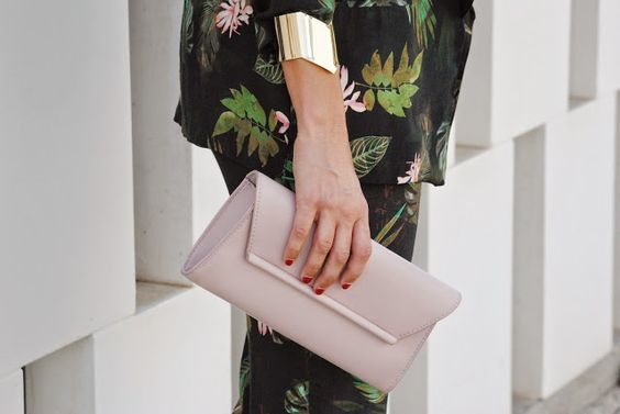 Floral suit. http://www.fashion-south.com/2015/05/floral-suit.html