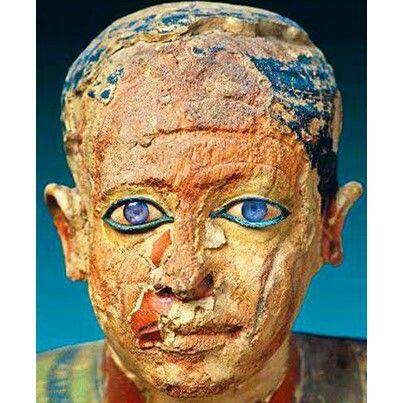 De beelden in Egypte hadden vroeger ogen