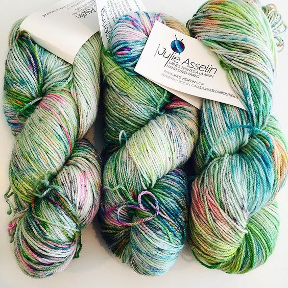 """Yarn Auction: Julie Asselin's Leizu Fingering in a very limited batch of @wool_workshop_'s exclusive colorway- Gina's Dance Off! 90% Superwash Merino/10%…"""