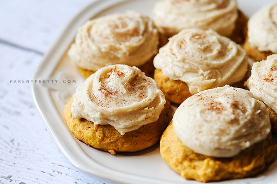 Melt-in-your-mouth pumpkin cookies | ParentPretty.com: Fall Pumpkin, Pumpkin Cookies With Icing, Cookies Fall, Dessert Recipes, Pumpkin Butter Cookies, Pumpkin Cookies With Frosting, Iced Pumpkin Cookies, Popular Recipe, Cookies Yummy