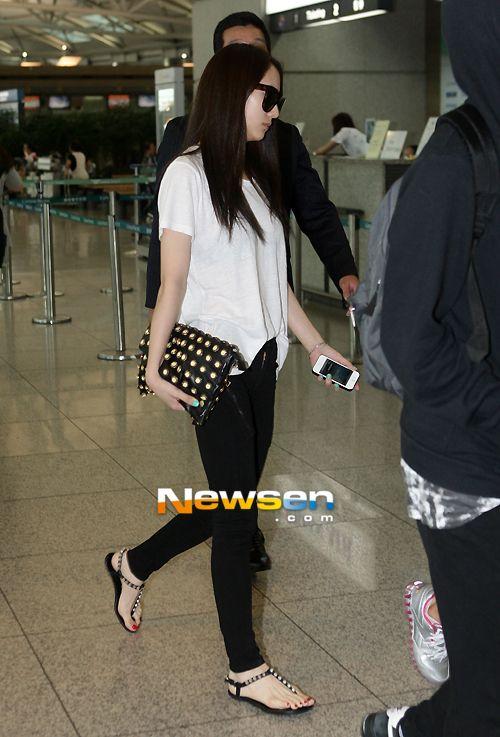 Krystal Airport Fashion F X Krystal Pinterest Incheon Hong Kong And F X
