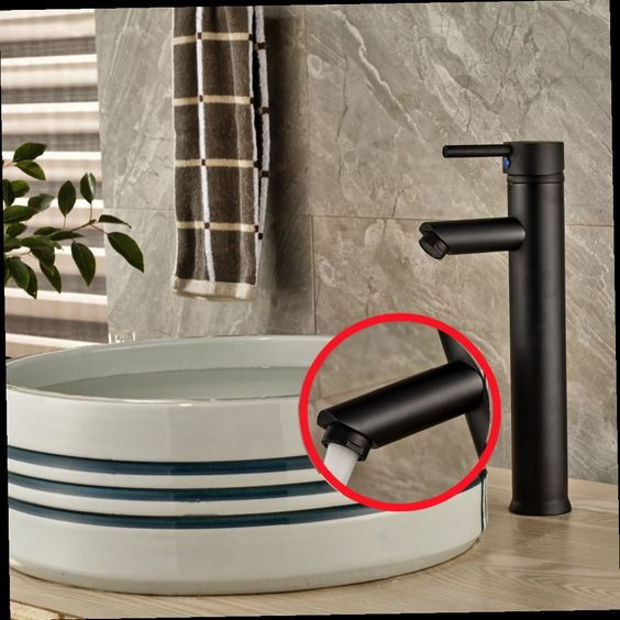 52.44$  Buy here - http://aliuuu.worldwells.pw/go.php?t=32609975763 - Tall Style Single Handle Hole Bathroom Basin Faucet Vanity Sink Mixer Tap Brass oil rubbed bronze