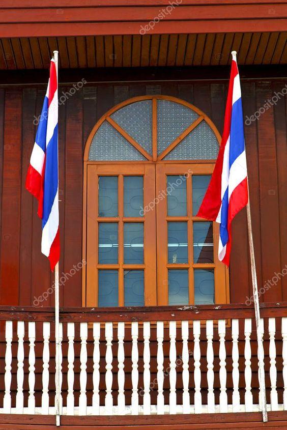 Temple Bangkok Thailand Incision Red Venetian Blind Terrace