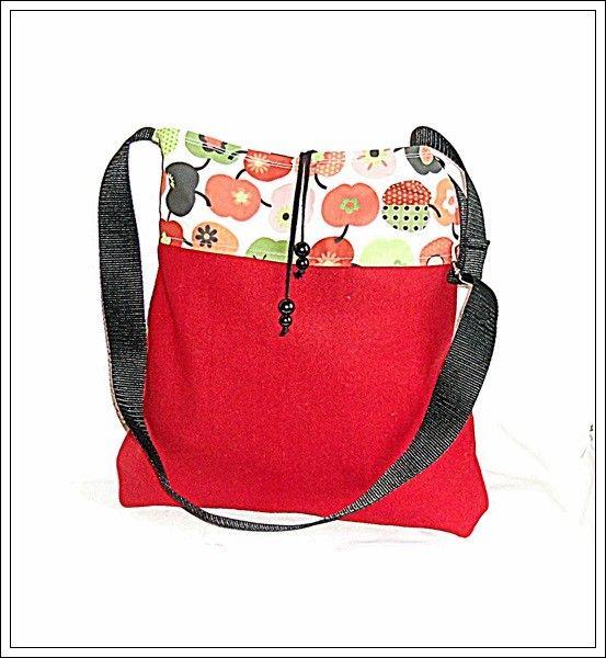 Wollfilz-Shopper rot mit Äpfelchen - StoffAkzente Taschen und Accessoires
