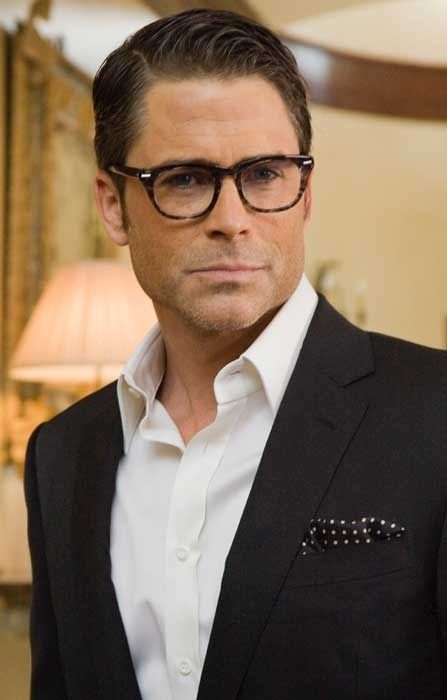 rob lowe..... Why is he so insanely attractive! Lol