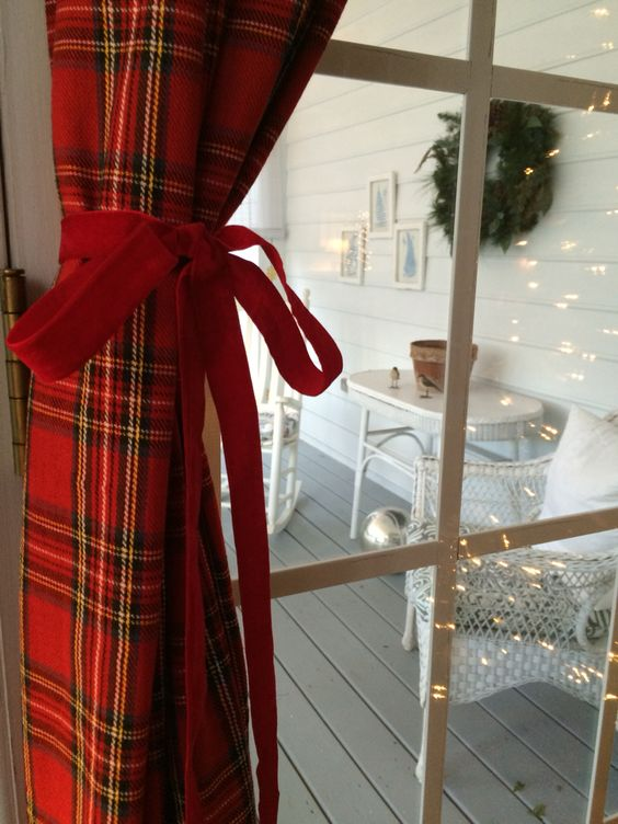 Tartan! How cute to have these curtain panels for Christmas ...