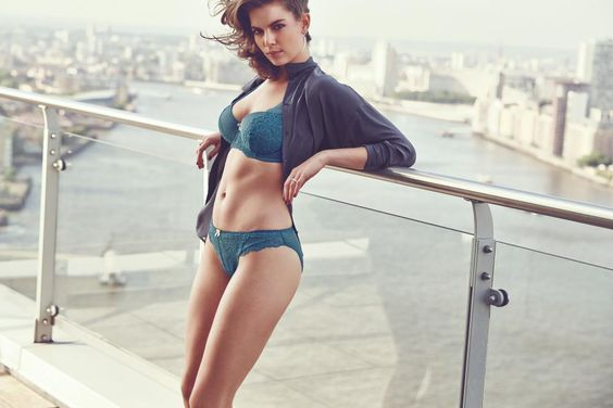Just Peachy Lace High Apex Bra Set in Teal/Gold #SecretsOfTheCity #AW14Lingerie #figleaves: Offers Sign, Lingerie Undergarment, Aw14Lingerie Figleaves, Secretsofthecity Aw14Lingerie, Latest News, Undergarment New S
