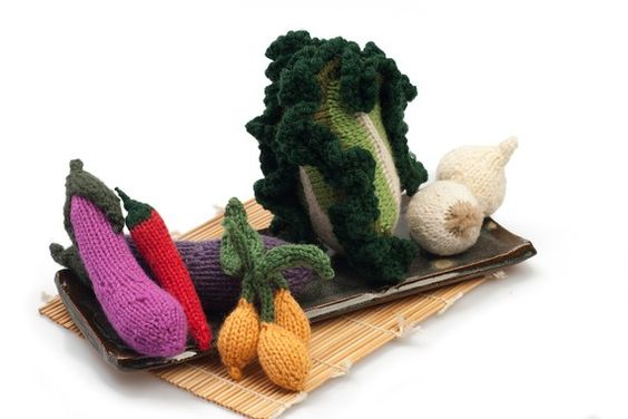 Knitting Patterns For Vegetables And Fruit : Asian set of fruit and vegetable knitting patterns Handmade Toys Pinteres...