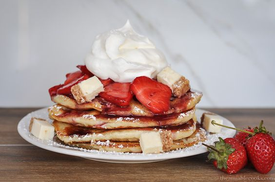 Almost-Famous Cheesecake Pancakes | The Amiable Cooks | Pancakes