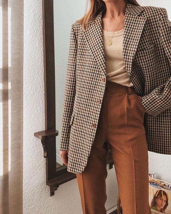 Alla ricerca di un blazer oversize? Dai un'occhiata al tuo negozio dell'usato locale - e se ... #al #alla #blazer #Dai #dell39usato #di #locale