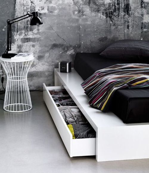 Beautiful minimalist black & white bedroom decor: