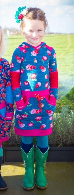 Tricot jurk petrol roosjes 116   Tricot jurkjes   Bellefien