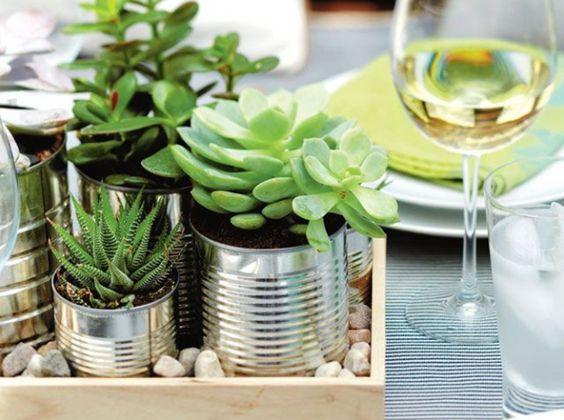 d coration de table diy conserves pot plantes flowers. Black Bedroom Furniture Sets. Home Design Ideas
