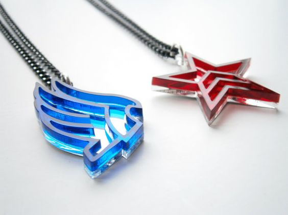 Mass Effect Paragon Renegade Necklaces  Laser by LaserCutJewelry, $23.95 -- New favourite shop on Etsy <3