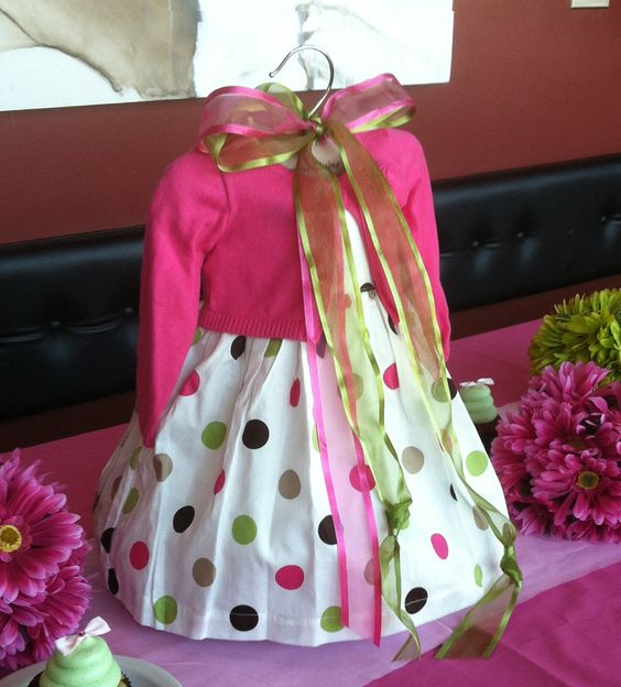 Baby Shower Dress Ideas: Use A Baby Dress As The Centerpiece For A Girl Baby Shower